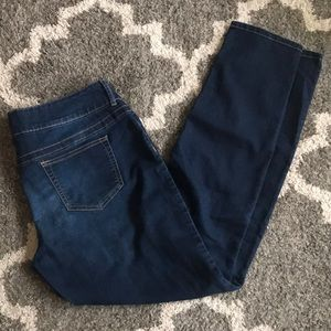 Maurice's jegging size Large
